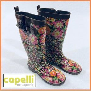 CAPELLI OF NEW YORK Floral Rain Boot Size 6